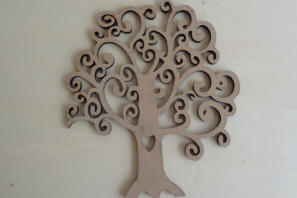 雕刻机切割的密度板树